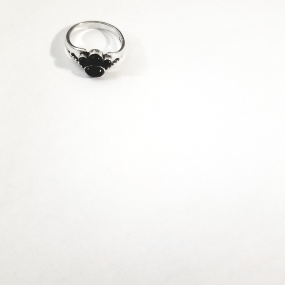 Jewelry - Sterling Silver black onyx paw print ring size 6
